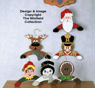 Christmas Hangers Wood Pattern
