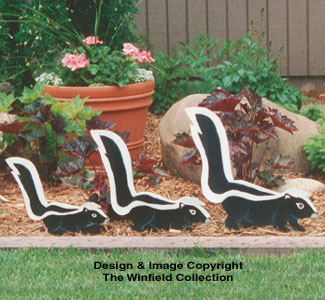 Skunk Family Woodcraft Pattern