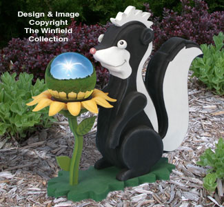 Skunk Gazing Ball Pattern Wood Pattern