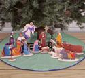 Under The Tree Nativity Pattern