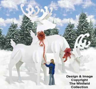 GINORMAS White Reindeer #2 Pattern