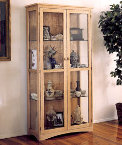 Cabinets craftsman curio cabinet plans for Craftsman cabinet plans