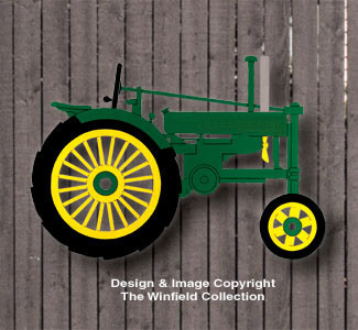 Small John Deere Tractor Wall Decor Woodcraft Pattern